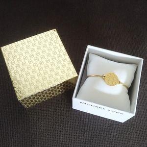 Michael Kors Gold💛 Medallion Bracelet - NWT